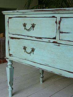 Juniper and Roses: Turquoise Chest of Drawers Painted in a mixture of Annie Sloan Chalk Paint One part Provence mixed with Two parts Old White. Distressed Furniture, Upcycled Furniture, Furniture Projects, Furniture Making, Furniture Makeover, Diy Furniture, Antique Furniture, Chalk Paint Projects, Chalk Paint Furniture