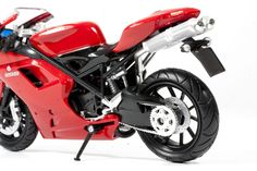 Amazon.com: Ducati Motorcycle 1198 Red 1:12 by NewRay TOY: Toys & Games