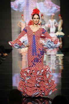 Los mejores trajes de flamenca de lunares para la feria de abril 2014
