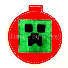 Mine Craft's Creeper Inspired Felt Ornament Set - Christmas Ornament - Holiday Decoration - Gift Tag - Party Favor