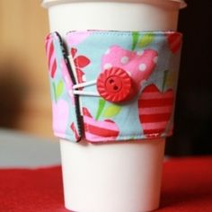 Reversible, reusable coffee cup sleeve tutorial. Flip it over to fit your mood!