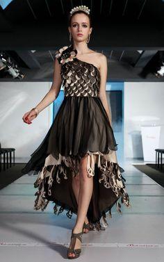 chiffon-one-shoulder-high-low-black-junior-unique-bridesmaid-dress-patterns-online_650x650px.jpg (598×956)