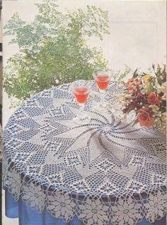 Mobile LiveInternet 💋 tablecloths, tracks, kits and curtains bistro 💋 crochet Crochet Mandala, Filet Crochet, Crochet Doilies, Crochet Lace, Crochet Granny, Crochet Potholder Patterns, Crochet Tablecloth Pattern, Crochet Books, Thread Crochet