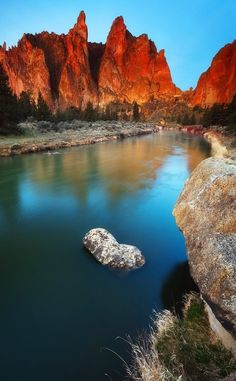 Smith Rock Above Crooked River, Oregon