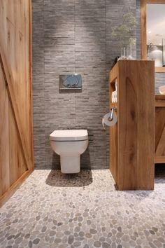 Pierre naturelle sol et mur ivoire travertin x cm leroy merlin salle de bain for Travertine leroy merlin