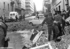Su primer ataque mortal de ETA fue en 1968. Cinco años más tarde  en 1973, se lanzó este atentado, matando a presidente del gobierno español Luis Carrero Blanco.El asesinato había sido planeado durante meses y fue ejecutado mediante la colocación de una bomba en las alcantarillas por debajo de la calle donde el coche de Carrero Blanco pasó todos los días. La bomba explotó bajo el auto y tiró en el aire y sobre la parte superior de un edificio.