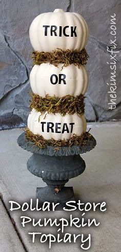 Forget the lettering; just use this idea as a topiary for the porch. And, if I use fake pumpkins, the bears won't be tempted. The Kim Six Fix: Dollar Store Pumpkin Topiary. just paint those ugly fake orange pumpkins! Diy Halloween Party, Halloween Projects, Holidays Halloween, Happy Halloween, Halloween Makeup, Halloween Celebration, Diy Party, Halloween Crafts To Sell, Halloween Countdown