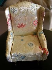 IDEAL PETITE PRINCESS BEIGE SALON WING CHAIR DOLLHOUSE FURNITURE