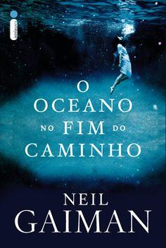 Novo livro de Neil Gaiman é a única tradução com lançamento simultâneo aos EUA! Obrigada, Editora Intrínseca! http://www.intrinseca.com.br/site/2013/05/o-oceano-no-fim-do-caminho-de-neil-gaiman/