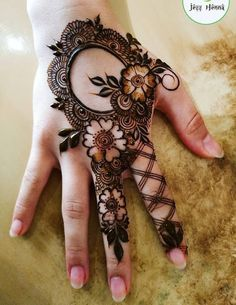 65 Fresh and Latest mehndi designs to try in 2020 Bling Sparkle Floral Henna Designs, Back Hand Mehndi Designs, Finger Henna Designs, Simple Arabic Mehndi Designs, Henna Art Designs, Mehndi Designs For Girls, Mehndi Designs 2018, Mehndi Designs For Beginners, Dulhan Mehndi Designs