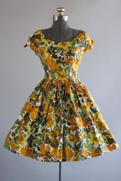 Vintage 1950s Dress / 50s Cotton Dress / Orange and Green Floral Print Sun…