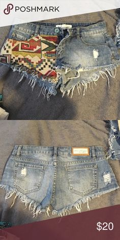 Jean shorts Super cute patch design with fraying throughout. Great condition Shorts Jean Shorts