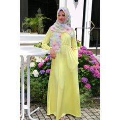 LM Side Pocket Maxi in (Mellow Yellow)  http://www.layleemoda.com/shop/lm-side-pocket-maxi-in-mellow-yellow