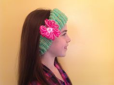 How to loom knit an ear warmer with flower