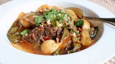 Red curry, coconut milk, fresh ginger and other spices bring Southeast Asian flavors to a classic American pot roast. Beef Pot Roast, Pot Roast Recipes, Beef Recipes, Cooking Recipes, Slow Cooker Beef, Slow Cooker Recipes, Crockpot Meals, Easy Stir Fry, Beef Curry
