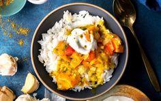 10 No-Brainer Slow Cooker Meals Under 450 Calories