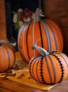 Pumpkin decoration with ribbon.  LIke.  #pumpkindecorating #pumpkins