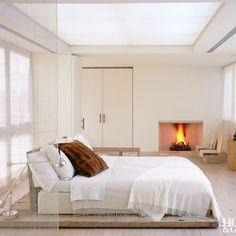 Contemporary Bedroom by Bonetti/Kozerski Studio *Roche-Bobois — movers