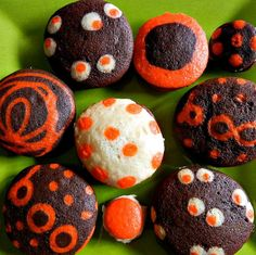 halloween whoopie pies by sugarswings, via Flickr