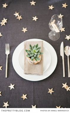 styled shoot: oh starry night {christmas inspiration Star Wedding, Wedding Table, Moon Wedding, Wedding Blog, Wedding Themes, Galaxy Wedding, Celestial Wedding, Wedding Ideas, Wedding Receptions