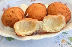 reteta gogosi pufoase cu gaura in mijloc Muffin, Potatoes, Bread, Vegetables, Cooking, Breakfast, Food, Sweets, Baking Center