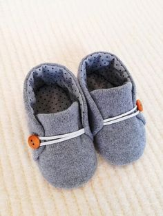 Baby Lace Up shoes Baby Moccs Infant Girl Shoes Infant Booties Soft Sole Baby Shoes Soft Sole Shoes Baby Shoes Soft Sole Booties Cute Baby Shoes, Baby Boots, Baby Girl Shoes, Girls Shoes, Baby Shoes Pattern, Shoe Pattern, Baby Shoes Tutorial, Knit Baby Booties, Booties Crochet