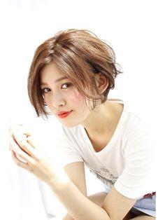 【Grow】薬袋光 ミルクティーカラー姫カットで無造作ヘア! - 24時間いつでもWEB予約OK!ヘアスタイル10万点以上掲載!お気に入りの髪型、人気のヘアスタイルを探すならKirei Style[キレイスタイル]で。