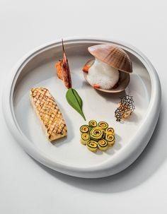 Une création d'Arnaud Donckele Chef du restaurant la Vague d'Or . Retrouvez…