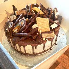 Pleesecakes London Cupcake Cookies, Cupcakes, Cheesecakes, Tiramisu, Celebrations, Food Ideas, Easter, London, Baking