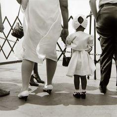 Rosalind Solomon - Staten Island Ferry, New York, 1987