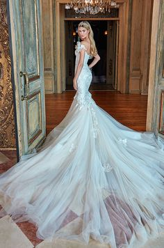 Galia Lahav 2017 Le Secret Royal Collection ♥ To believe in love is the  motto for the new Galia Lahav collection 5d4298de38
