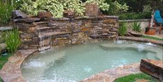 Perfect example of a combo plunge pool/hot tub. Perfect example of a combo plunge pool/hot tub. Visit, www. Small Backyard Design, Small Backyard Pools, Backyard Pool Designs, Pool Landscaping, Backyard Patio, Backyard Ideas, Pool Decks, Garden Design, Small Swimming Pools