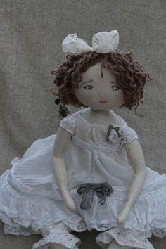 Abigaèlle..dans une robe bien belle... - Le Jardin des Farfalous