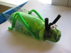 Llagost amb iogurt líquid i càpsules de cafè. Decoració primavera infantil Paper Mache Animals, Plastic Bottle Art, The Giant Peach, A Bug's Life, Spring Crafts, Bottle Crafts, Teaching Kids, Crafts For Kids, Paper Crafts