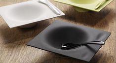 Esta vajillas dará un aire original a la mesa, nuestros invitados la recordaran. Diseñadora: Sandra Bautista