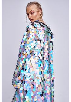 Invest in the ultimate statement piece for your festival wardrobe with this sequin kimono by Jaded London. The floor length kimono has bell sleeves, an open front and embellished all over in large silver sequin discs. Sequin Kimono, Sequin Maxi, Fashion Show, Fashion Outfits, Fashion Design, Sequin Coats, Kimono Coat, Festival Outfits, Coats For Women