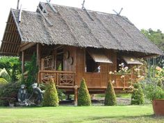 The bahay kubo is considered as an icon in the Philippines. See the evolution of the native house design made famous by Filipinos here. Bamboo Building, Natural Building, Bahay Kubo Design Philippines, Filipino House, Bamboo House Design, Hut House, Philippine Houses, Bamboo Architecture, House Architecture