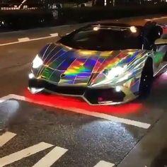 "1,055 Me gusta, 71 comentarios - LUXURY | LIFESTYLE | TRAVEL (@exoticluxurymedia) en Instagram: ""Rainbow Lambo! 💨🌈 Rate this car wrap 1-10❗ . Follow 👉 @exoticluxurymedia Follow 👉…"""