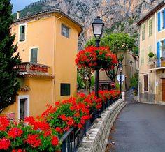 Moustiers-Sainte-Marie, Provence, France