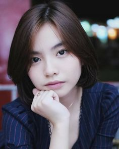 Discover recipes, home ideas, style inspiration and other ideas to try. Cute Potato, Filipina Beauty, Blackpink Jisoo, Trinidad, Cute Wallpapers, Cute Boys, Aesthetic Wallpapers, Portrait Photography, Short Hair Styles