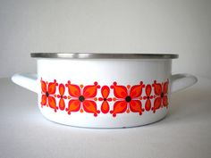 Vintage 70's French enamel saucepan by MIKITCHU on Etsy, €20.00