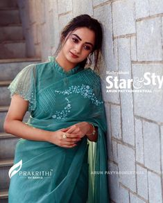 Top Latest and Trendy Blouse Designs For Saree Want to get that stylish look in Saree. Take a look at these stunning and trending blouse designs photos for ultimate style. Indian Blouse Designs, Stylish Blouse Design, Fancy Blouse Designs, Bridal Blouse Designs, Sari Design, Choli Blouse Design, Saree Blouse Neck Designs, Saree Jacket Designs Latest, Pattern Blouses For Sarees