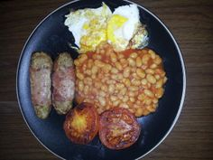 Slimming world syn free sausages- a really simple recipe and doesn't take long to do either and makes around 16 good sized sausages . The best bit is I wrap them in bacon medallions for extra flavour too Easy Healthy Recipes, Healthy Dinner Recipes, Diet Recipes, Healthy Snacks, Easy Meals, Healthy Eating, Cooking Recipes, Uk Recipes, Recipies
