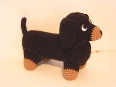 free pattern for Amigurumi Dachshund @Emily Schoenfeld Schoenfeld Schoenfeld Pesicka while youre googling how to crochet for the minnie baby may as well look this up too