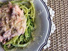 esparguete com pesto e salmão