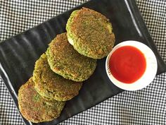 The Green Spinach & Oats Cutlet Recipe is a simple, easy to make cutlet, that is packed with nutrition from oats, spinach and peas and flavored with green chillies, ginger and oregano. Oats Recipes, Veg Recipes, Indian Food Recipes, Vegetarian Recipes, Snack Recipes, Cooking Recipes, Healthy Recipes, Recipies, Vegan Meals