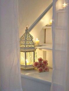 I love the look of using these lanterns.