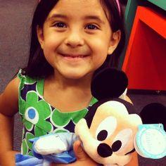 Día 1: Sonriendo con mi amigo Mickey #DisneyJuniorFamilia #client #ad