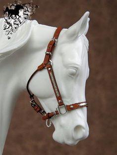 CM Model Horse Traditional Show Halter for Breyer/Peter Stone