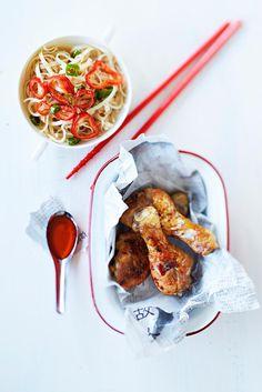 Kiinalaiset kananpojankoivet // Chinese Chicken Food & Style Taina Salovaara Photo Timo Villanen Maku 6/2014, www.maku.fi